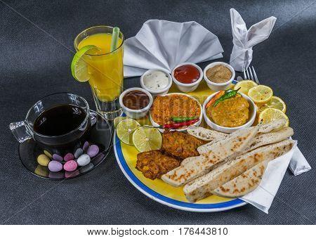 Oriental Indian Set, Chicken Korma, Chicken Tikka Masala, Naan Bread, Onion Bhaji, Plate, Coffee, Ju