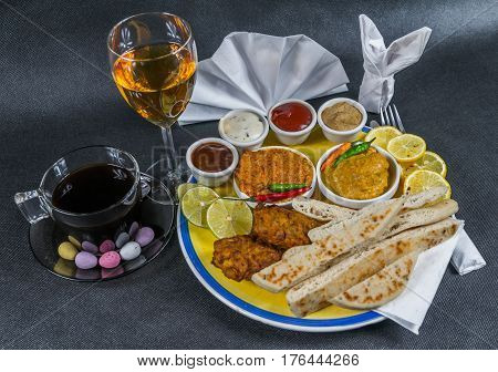 Oriental Indian Set, Chicken Korma, Chicken Tikka Masala, Naan Bread, Onion Bhaji, Plate, Coffee, Wh