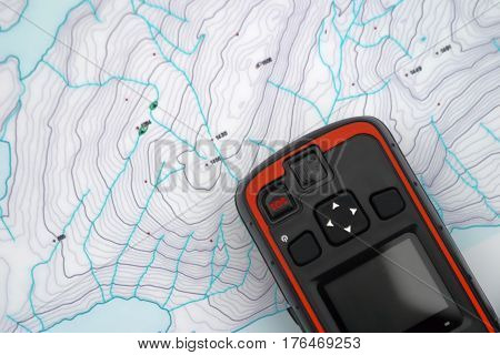 Search and rescue device over a topo map