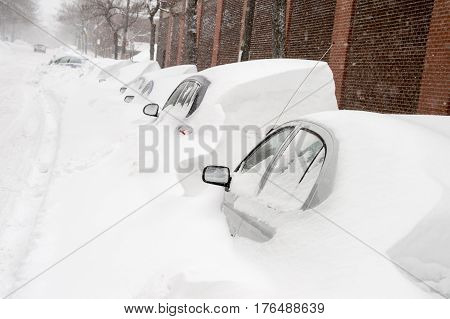 Montreal, Ca - 15 March 2017: Powerful Snow Storm Stella Pounds Montreal And Leaves Up To 60Cm Of Sn