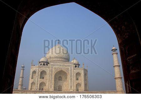 Taj Mahal Framed With The Arch Of Jawab, Agra, Uttar Pradesh, India