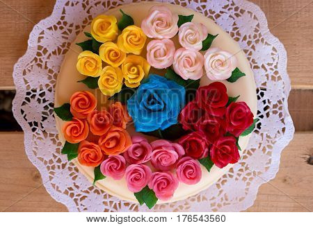 birthday cake with thirty marzipan colored roses