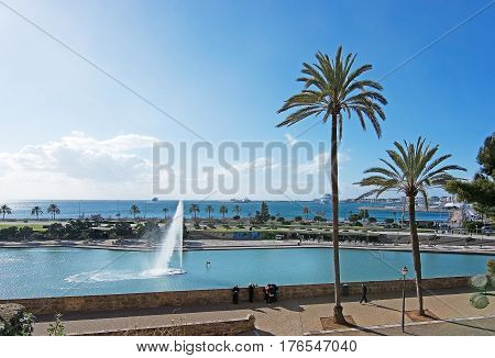 Parc De La Mar And Fountain