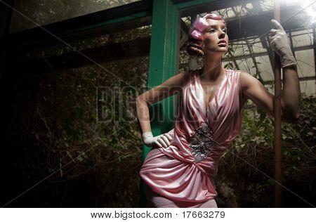 Beauty woman in fashionable dress