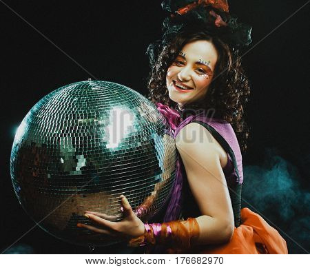 carnaval girl with disco ball