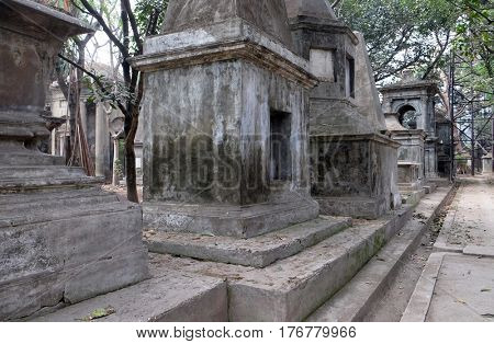 KOLKATA, INDIA - FEBRUARY 08: Kolkata Park Street Cemetery, inaugurated 1767, on February 08, 2016 in Kolkata, India.