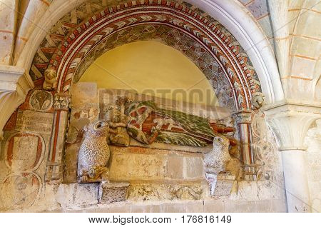 Lope Ximenez Grave, colored stone, in Chapter house, cistercian Veruela Monastery, Saragossa, Aragon, Spain