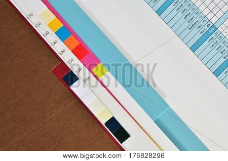 Print color paper sample book with different grammature.
