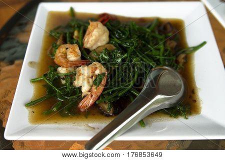 Pad Pak Grachet mimosa thai food prawns
