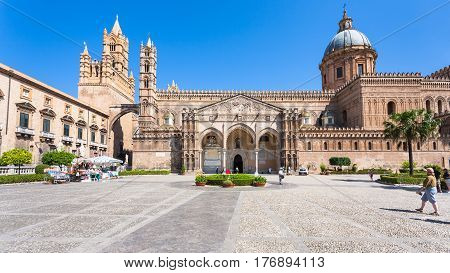 People And Front View Of Palermo Cathedral