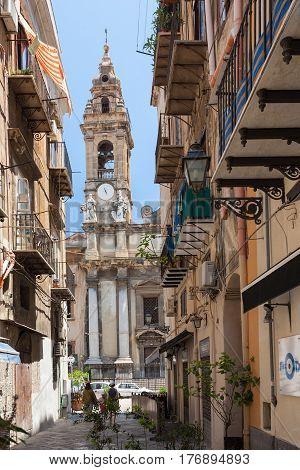 Tourists On Via Orologio In Palermo City