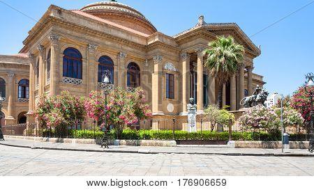 Teatro Massimo On The Piazza Verdi In Palermo