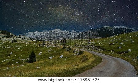 Milky way over the beautiful rocky mountains
