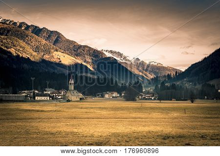 The Valley in Taufers and Aurina is among the most authentic and genuine mountain valleys of South Tyrol surrounded by more than 80 peaks that reach three thousand meters.