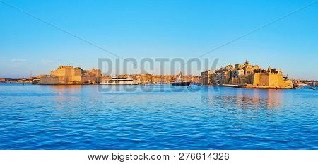 Enjoy The Picturesque Valletta Grand Harbour With A View On Fortified Cities Of Birgu And Senglea Wi