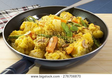 Vegetable Curry - Cauliflower, Potatoes, Carrots And Green Beans In A Yummy Curry Sauce With Lots Of