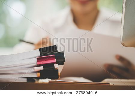Accounting Planning Budget Report File Concept : Business Woman Offices Check Working For Arranging