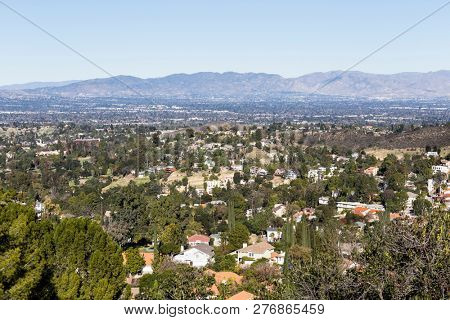 Clear view from Woodland Hills across the San Fernando Valley to Porter Ranch and the Santa Susana Mountains in Los Angeles, California.
