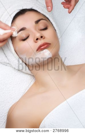 Beauty Salon Series, Facial Mask Removing