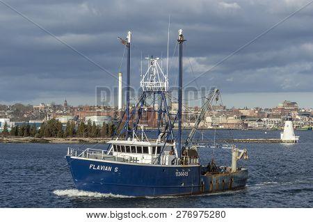 Fairhaven, Massachusetts, Usa - December 29, 2018: Commercial Fishing Vessel Flavian S Leaving Port