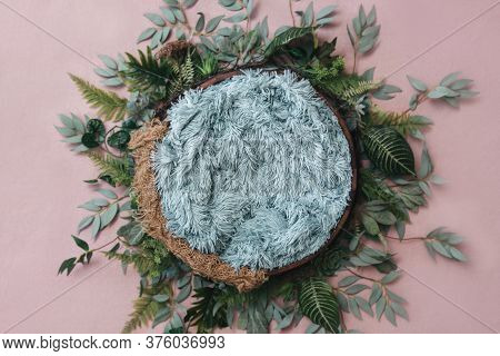 Newborn Digital Background - Wooden Bowl With Pink Faux Fur On Jute Layer And Pink Backdrop And Gree