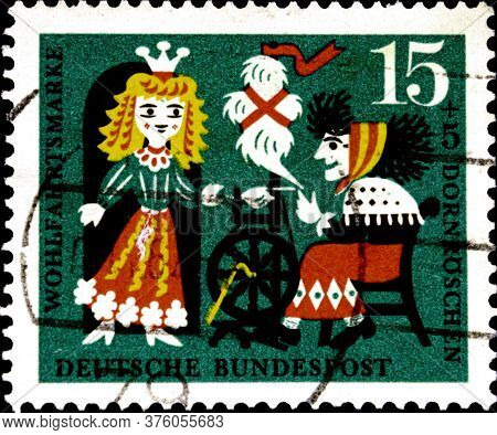 02 08 2020 Divnoe Stavropol Territory Russia The Postage Stamp Germany 1964 Fairy Tales Welfare: Sto