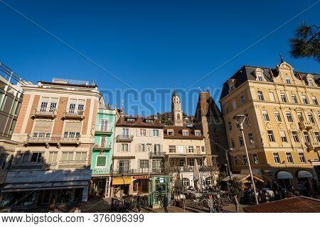 Merano, Italy - Dec 7, 2015: Merano Downtown In Piazza Della Rena (rena Square) With The Bell Tower