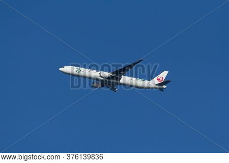 Japan Airlines Jet