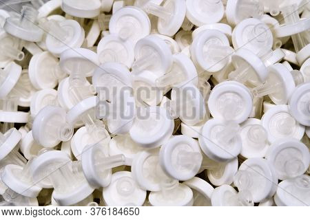 White Syringe Membrane Filters For Filtration Samples Before High Performance Liquid Or Gas Chromato