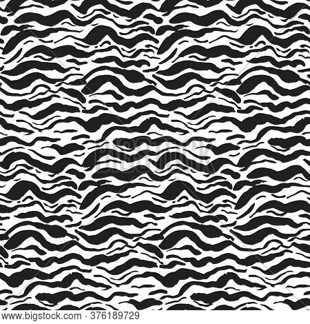 Grunge Seamless Pattern With Black And White Wavy Sea Brush Strokes. Abstract Monochrome Marine Wave