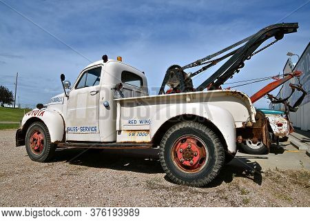 Murdo, South Dakota, June 25, 2020: The Old Wrecker And Tow Truck Is A Product Of Studebaker,  The A