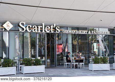 Dubai, Uae - Feb 15: Scarlets German Bakery And Patisserie At Bluewaters Island, An Artificial Islan