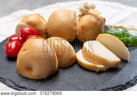 Italian Semi Hard Handmade Smoked Scamorza Cheese, From Cow Milk From Apulia Or Calabria Regions
