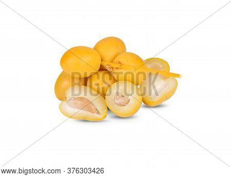 Whole Fresh Barhee/barhi Dates Fruit On White Background