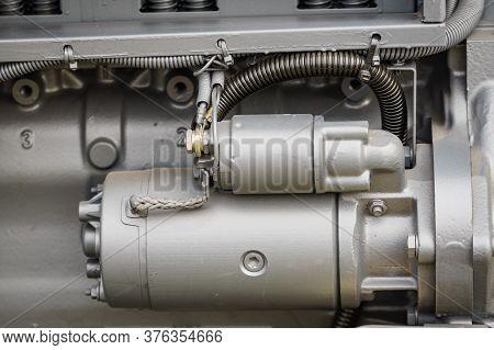 Supply System For Diesel Fuel, Clean Motor Block, Truck Diesel Engine Starter Detail
