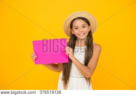 Warm Smile. Summer Holiday And Vacation. Kid Seasonal Fashion Sales. Carefree Beauty Show Paper Shee