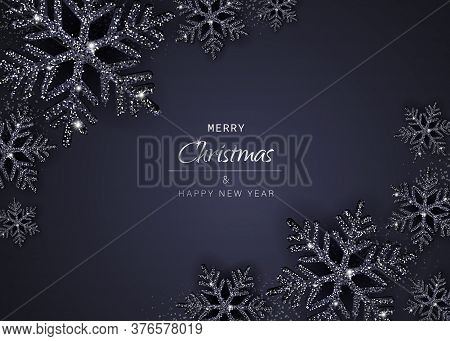 Elegant Christmas Background with Shining Gold Snowflakes. Christmas. Christmas Vector. Christmas Background. Merry Christmas Vector. Merry Christmas banner. Christmas illustrations. Merry Christmas Holidays. Merry Christmas and Happy New Year Vector Back