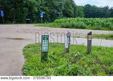Bennekom-netherlands-june 7, 2020:dutch Bicycle Routes Junction Signs On Countryside Of Bennekom, Ve