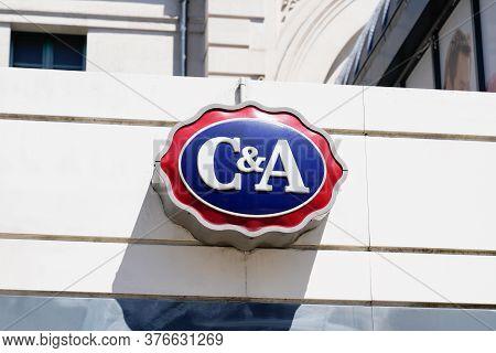 Bordeaux , Aquitaine / France - 07 07 2020 :  C&a Logo Sign Of Shop International Dutch Chain Of Fas