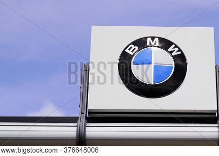 Bordeaux , Aquitaine / France - 07 07 2020 : Bmw Logo Sign Of Car Dealership Store Automakers Shop