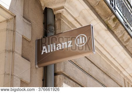 Bordeaux , Aquitaine / France - 07 07 2020 : Allianz Insurance Golden Logo And Silver Text Sign Stor