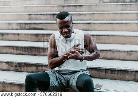A 31 Year Old African American Man With Black Skin He Is And Athlete, He Is Having Pain In The Chest