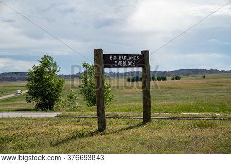 Big Badlands Overlook In Badlands National Park, Sign For The Pullout In South Dakota