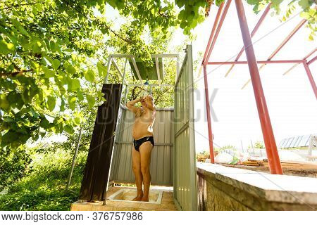 Close Up Of Pensioner Man In The Summer Shower, Active People And Healthy And Fit Senior, Lifestyle