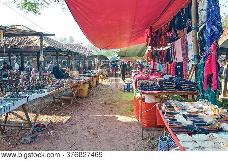 Trading Activities On January 27, 2017. At Mine Thauk, Nyaungshwe Market, Myanmar