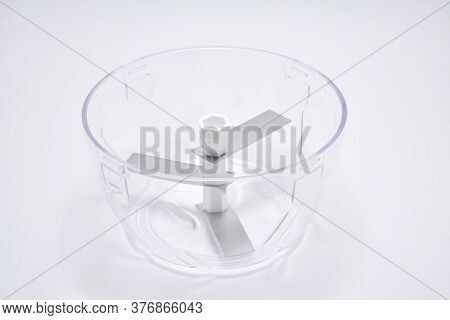 Clear Plastic Bowl With Chopping Blades And Lid Use To Chop Garlic