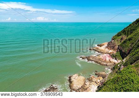 Koh Proet Island,the Atmosphere From The Mountains On The Island, With Trees In The Emerald Green Se