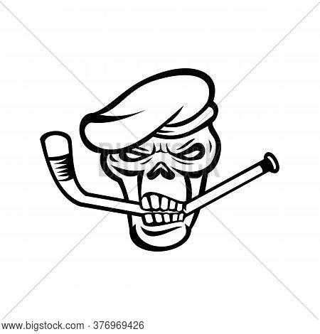 Mascot Black And White Illustration Of Skull Head Of A Green Beret Commando Or Elite Light Infantry