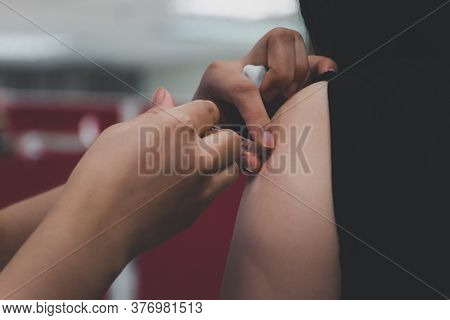 Patient Asian Woman Get Vaccinated The Flu Covid19