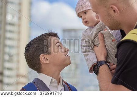 Brothers And Child Family Relationships Upbringing And Attitude To Children